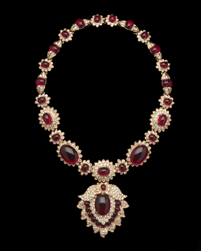 Jackie Kennedy Fashion Jewelry on Maharani Style Necklace  About 1980  Copy Of Jacqueline Kennedy