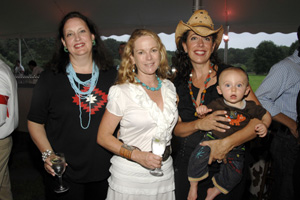 A. Mazzola, Anne Hearst, Tatiana Platt and son Fox