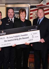 Denis Leary with NY Firefighters