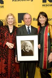 Liv Ullmann, Michael Bloomberg, Katherine Farley (Photo by Jason Kempin/Getty Images for IRC)